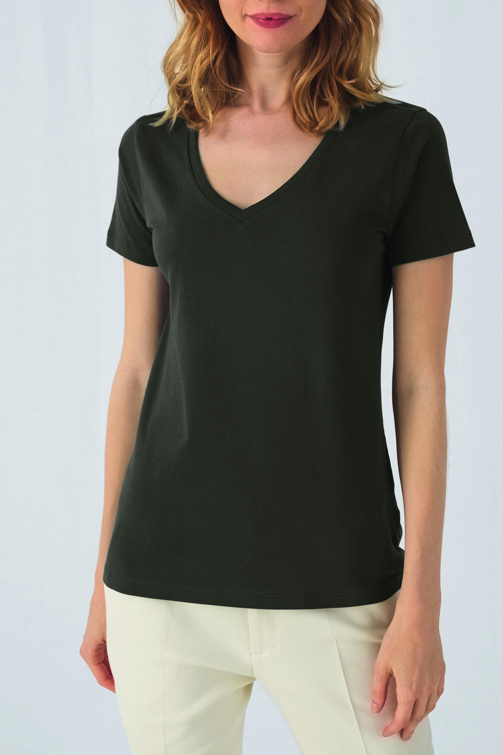 Økologisk, Fair Wear Og Oekotex T-shirt Med V-hals Til Kvinder I En 140g/m2 Kvalitet [ BCTW045]